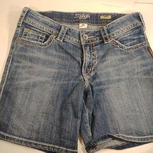Silver Jeans Suki Jean Shorts 30 Waist